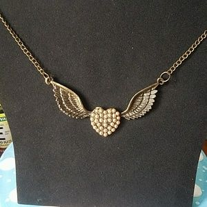 Jewelry - Last Day! Bronze pearled heart long necklace